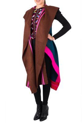 Adriana Santacruz Halcon Pechera handgemaakte poncho Ethnic Luxury voorkant