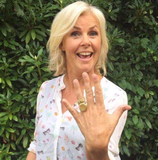 Irene Moors with  Flor Amazona's Pineapple ring